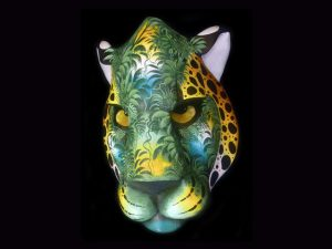 natural camuflage Brunka jaguar mask art Costa Rica