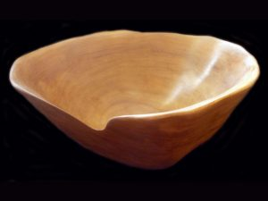 beautiful 'pavillo' wood bowl Santa Ana, Costa Rica