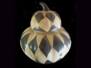 elegant lidded squash pot traditional indigenous pottery Honduras