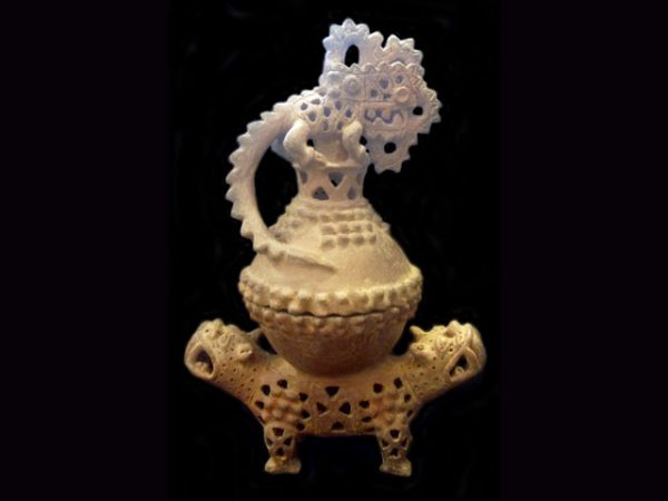 gran nicoya lidded effigy incense burner