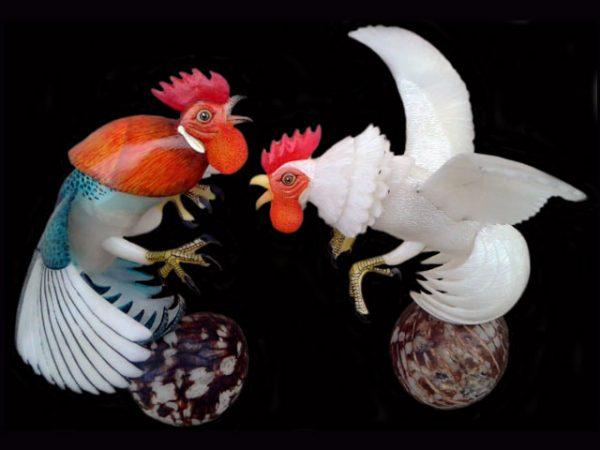 splendid pair of fighting cocks finest indigenous tagua nut sculpture Darien Panama