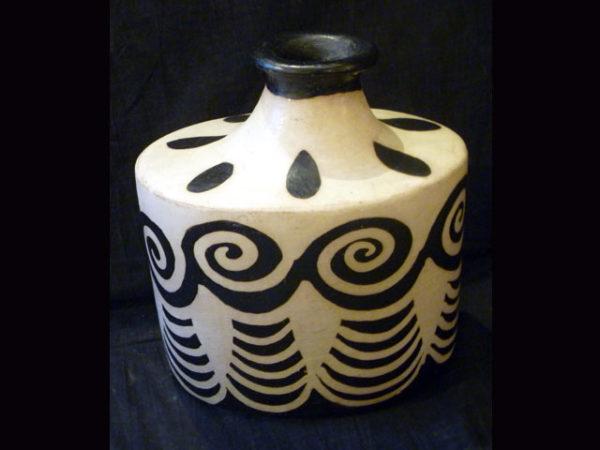 Art Pottery LP05 SOLD