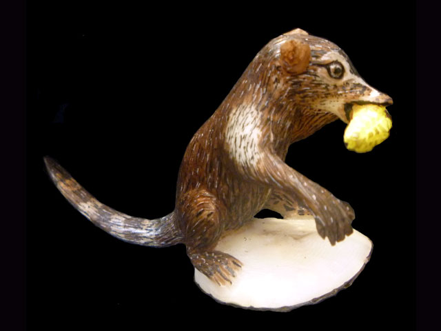 Carved Tagua Mammal 0005