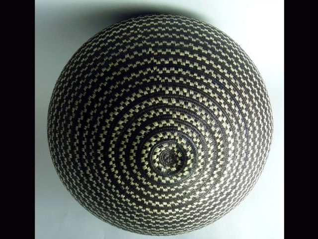 Tribal Designs Basket 003